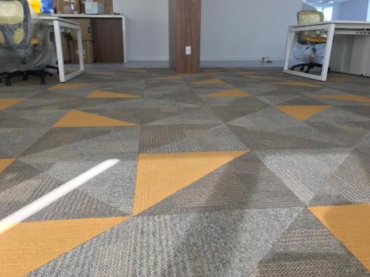 Carpete em placa Belgotex