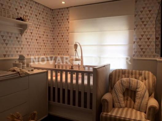 Cortina romana quarto de bebê