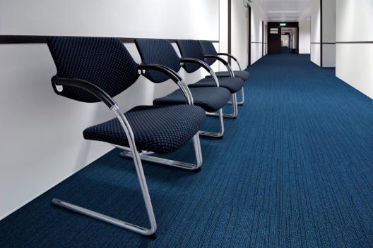 Carpetes em rolo e modulares